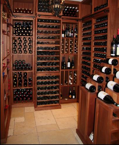 Arredamenti cantine vino for Arredamento cantina